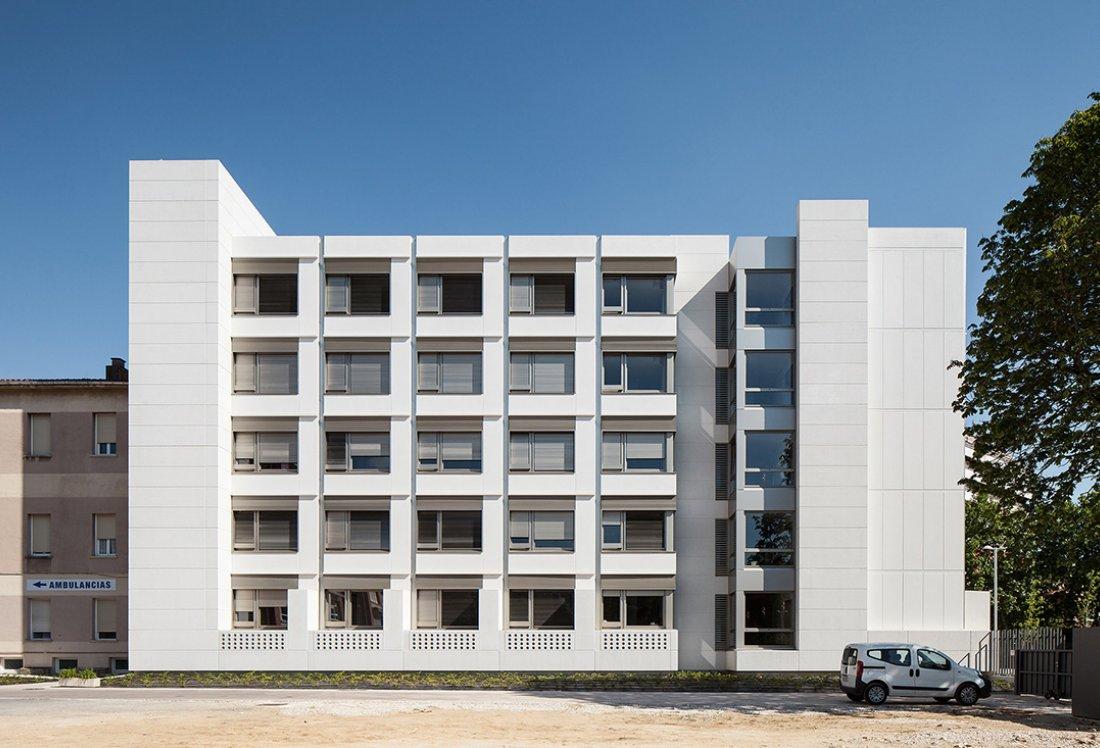 NUEVO EDIFICIO RESIDENCIAL CASA MISERICORDIA_APEZTEGUIA Architects