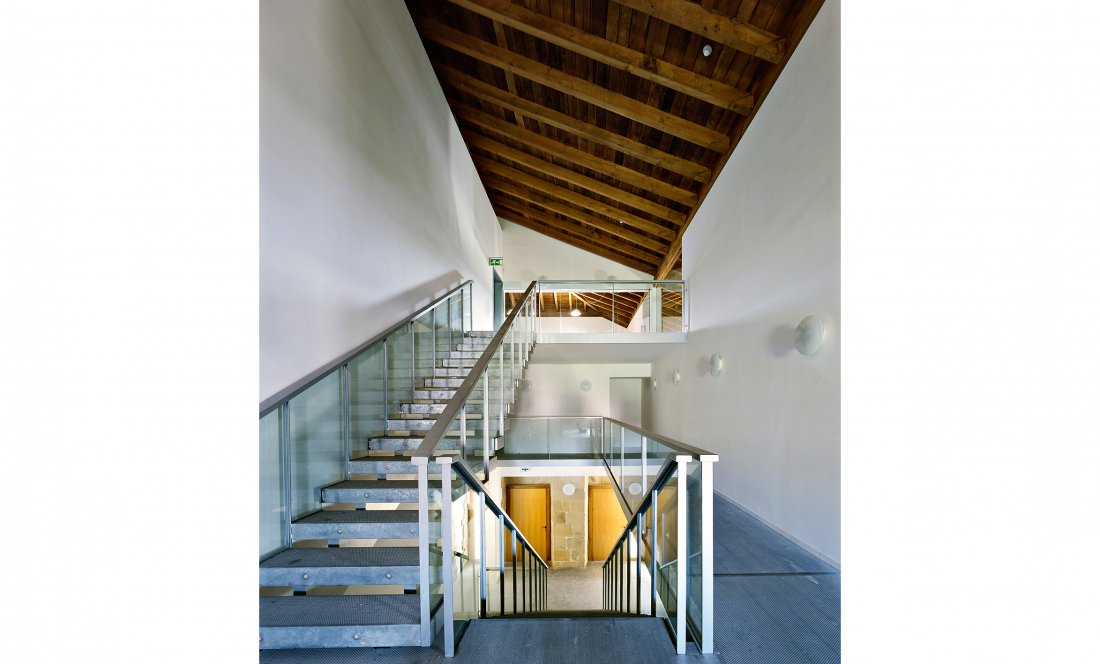 apezteguia architects_mendibile_escalera