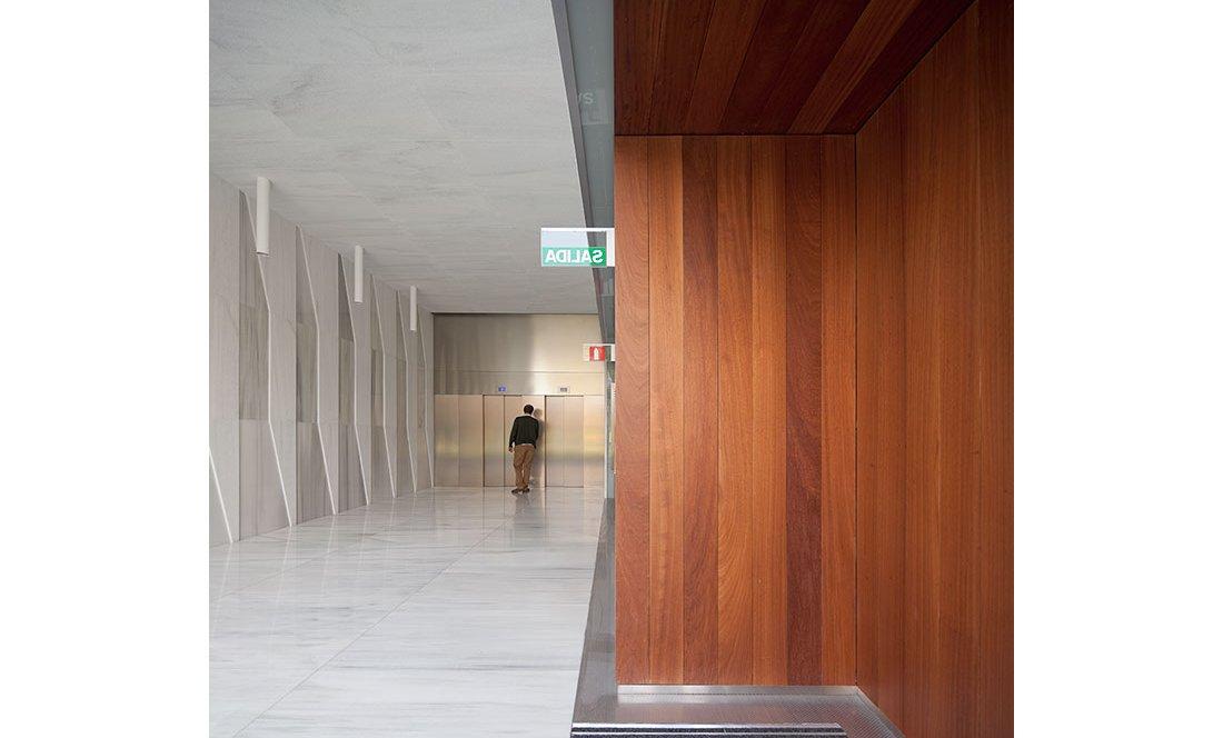 Apezteguia architects_Portal Pio XII_04