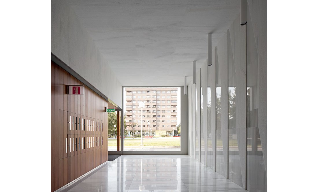 Apezteguia architects_Portal Pio XII_14