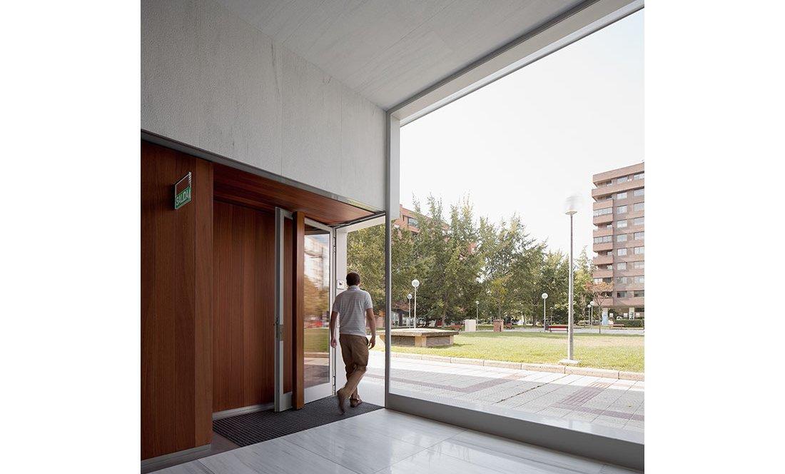 Apezteguia architects_Portal Pio XII_18