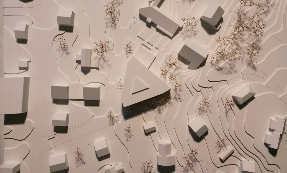 EMS LA CIGALE_LAUSANA_MODEL 1_APEZTEGUIA Architects