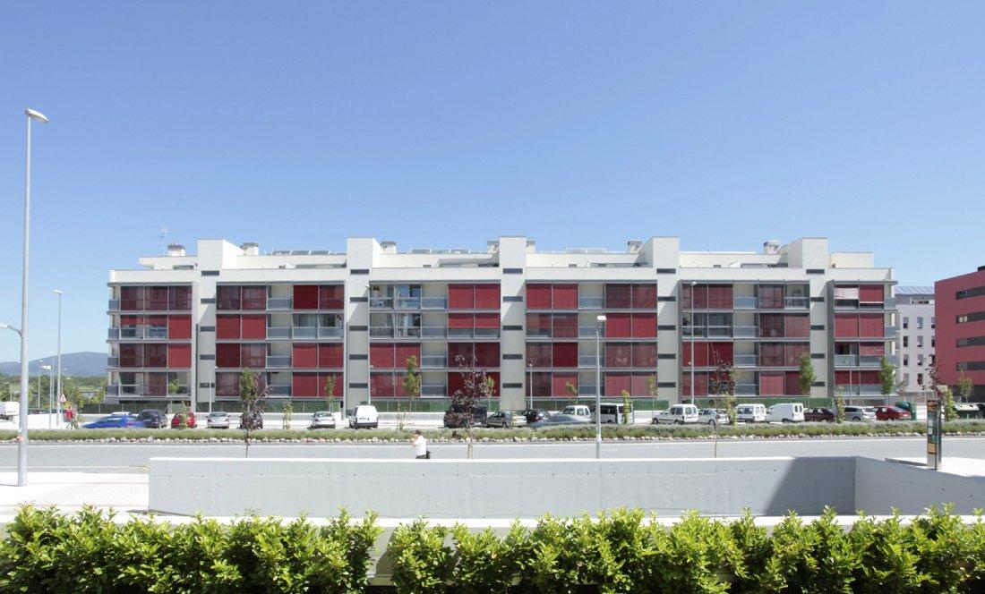 Vista exterior 2. 55 VPO Sarriguren. Apezteguia Architects