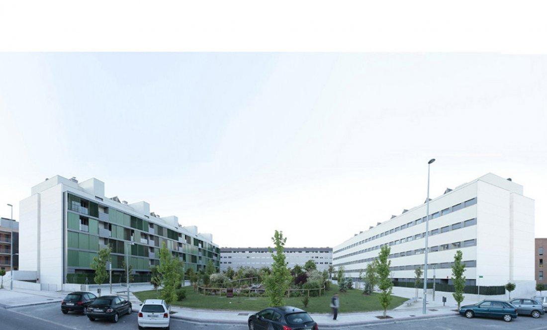 Vista exterior 1. 110 VPO Sarriguren. Apezteguia Architects